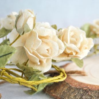 Imagens de Guirnalda flores blanca romántica 1,5mts