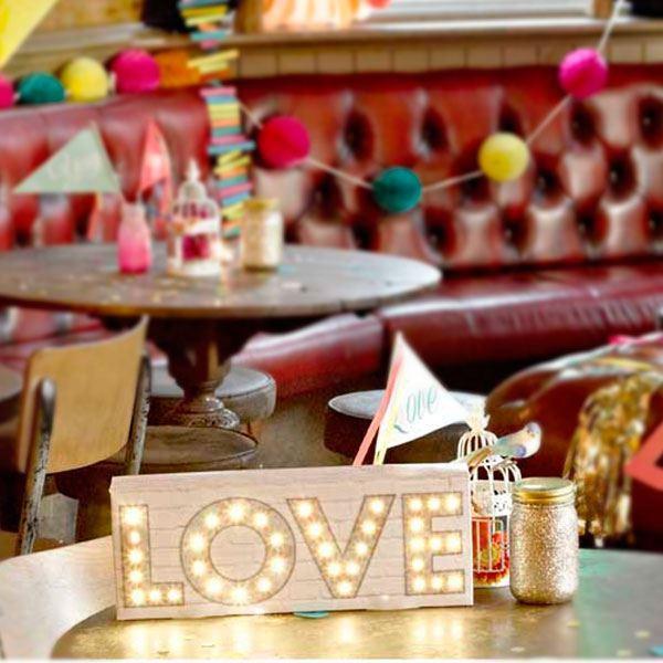 Picture of Letrero Love con luz