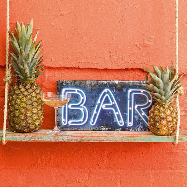 Imagen de Letrero Bar con luz
