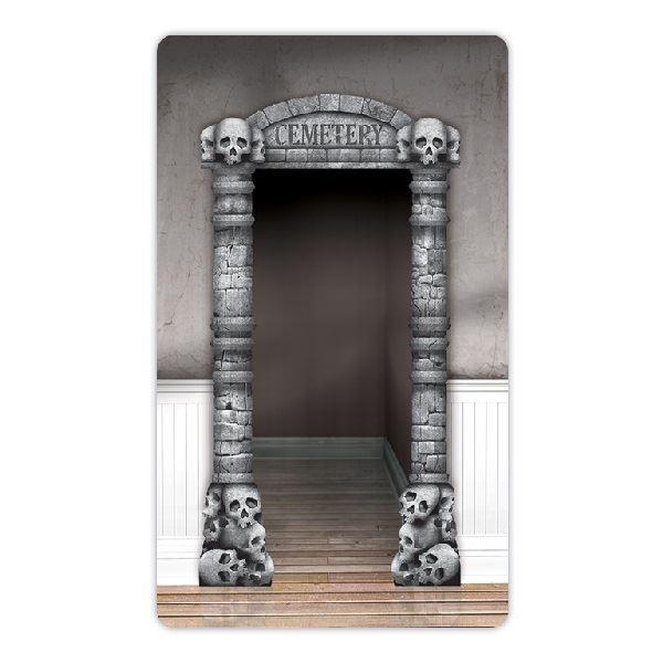 Imagen de Decorado pared puerta entrada cementerio