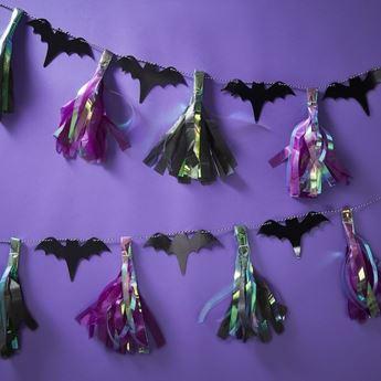 Imagen de Guirnalda borlas Halloween murciélagos 2m